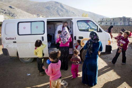 Caritas Lebanon provides healthcare to Syrian refugees through mobile clinics. Credit: Evert-Jan Daniels/CORDAID