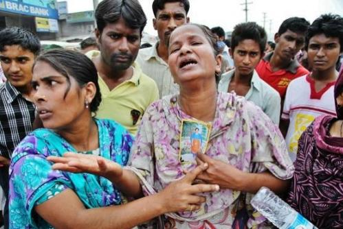 A mother who is still looking for her missing daughter after the Savar tragedy. Credit: creative commons