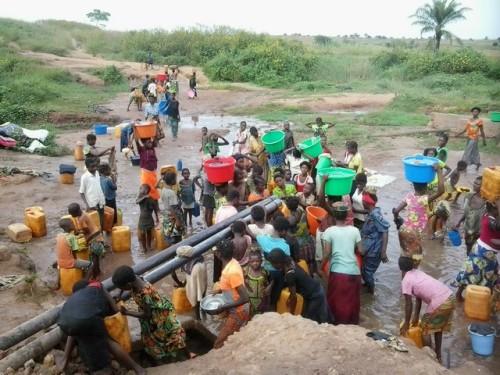 """The art of """"katshofa"""". Credit: Caritas Congo"""