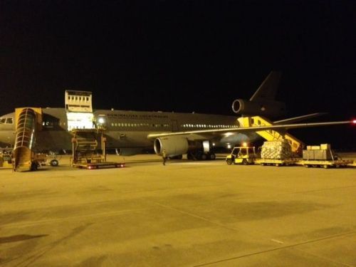 A Dutch military plane with 30 tonnes of aid, including 5000 tarpaullins and 3300 medical kits for CORDAID. Credit: Cordaid.